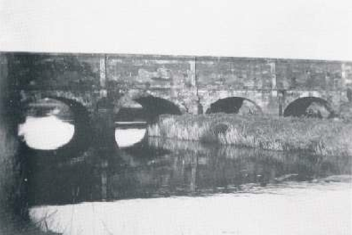 The aqueduct that carried the canal across the River Lagan